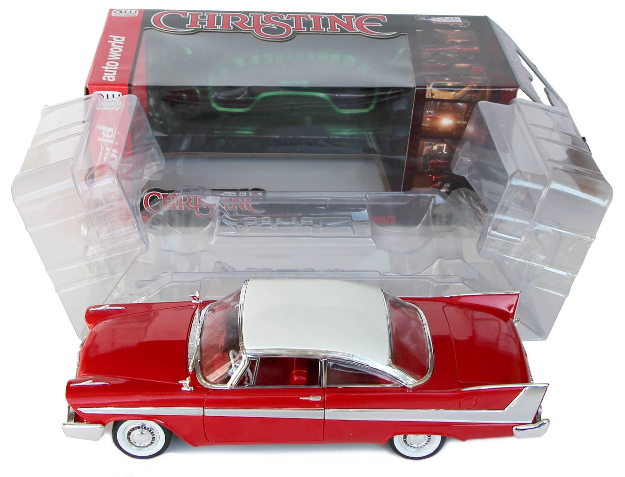 ouverture Boite packaging Christine Plymouth Fury 1-18 Auto World