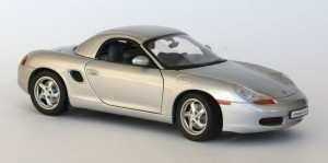 Porsche Boxster 986 hard top 1-18 UT Models