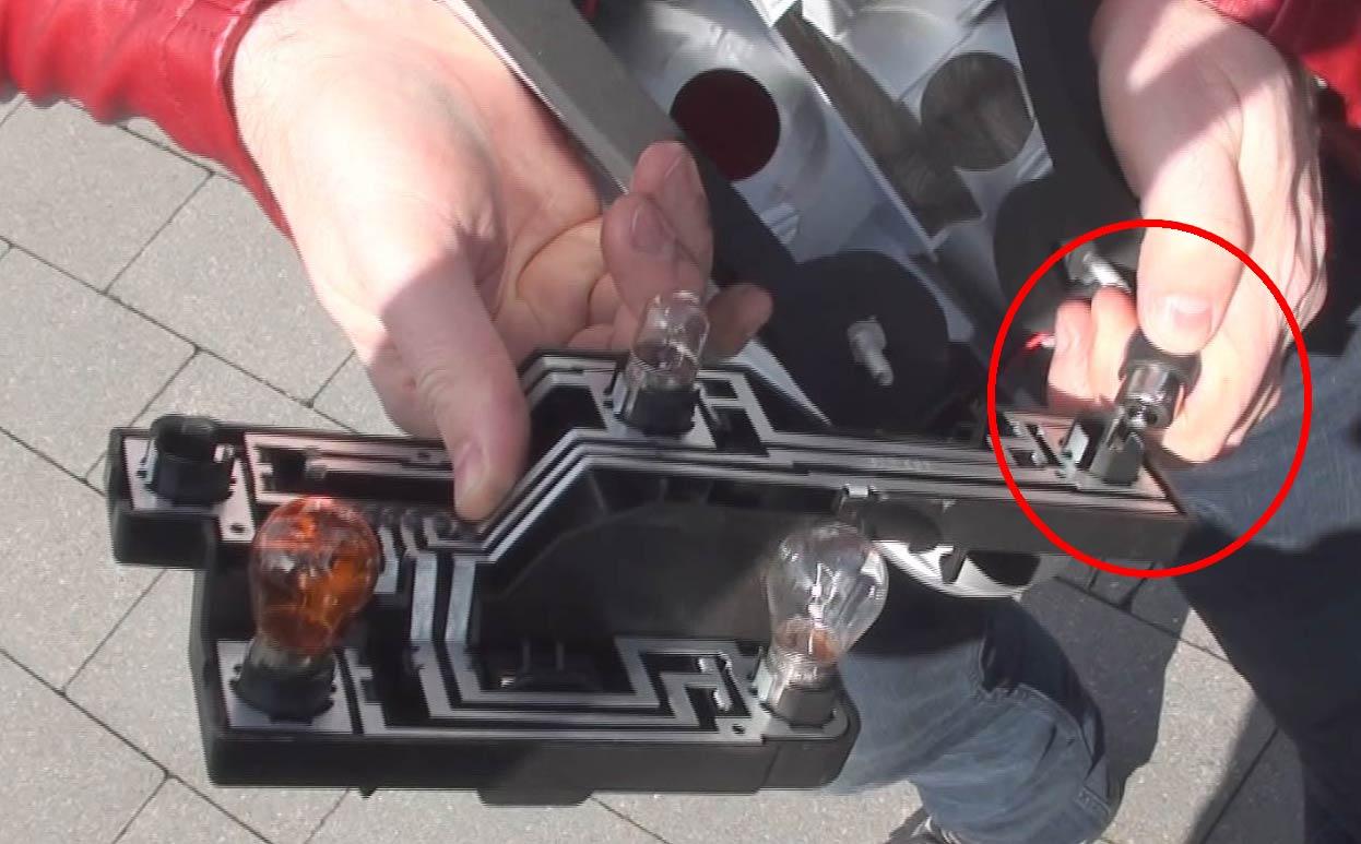Rebrancher les cables des LED