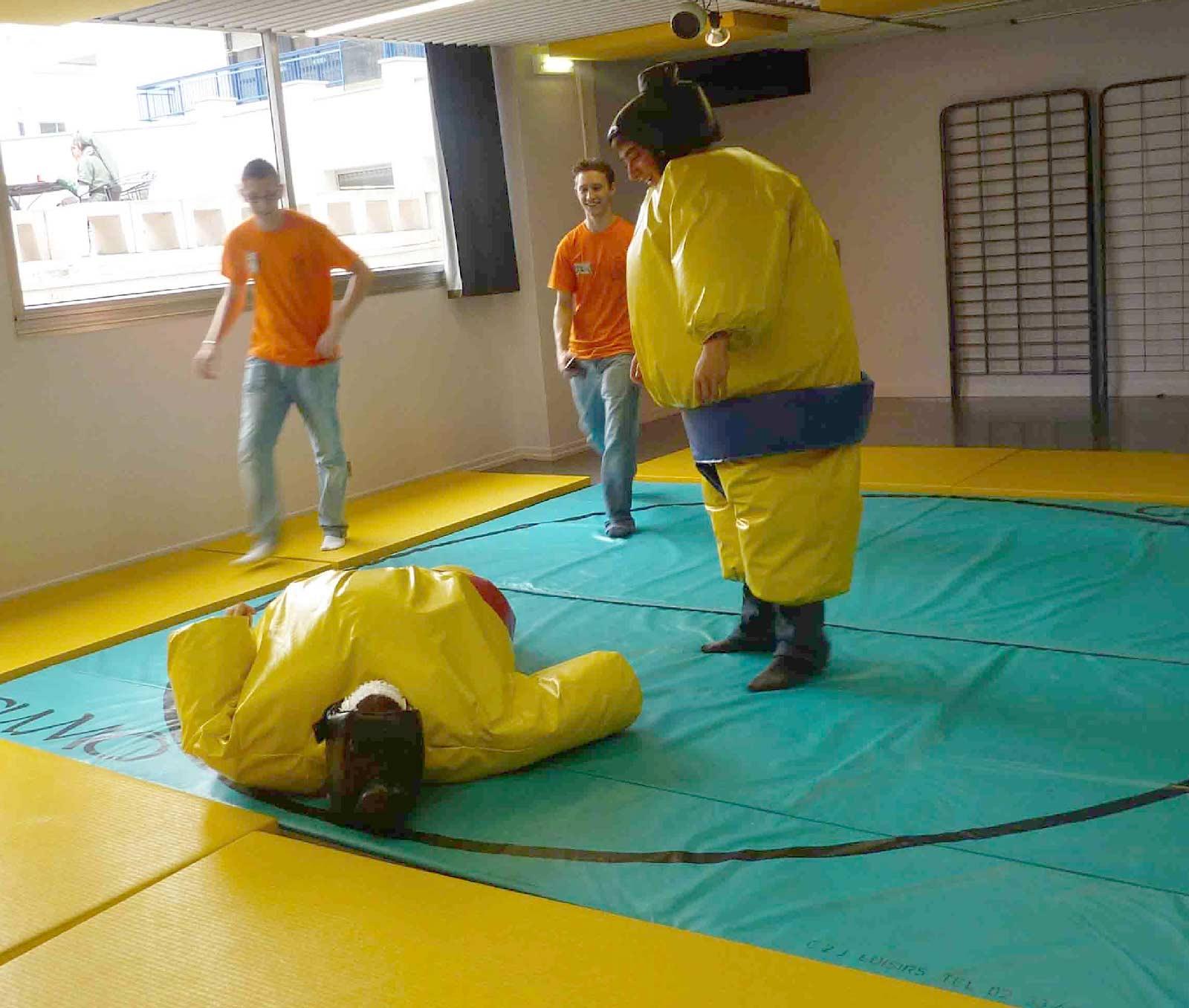 Anim'Est 2009 (Combat de Sumo)
