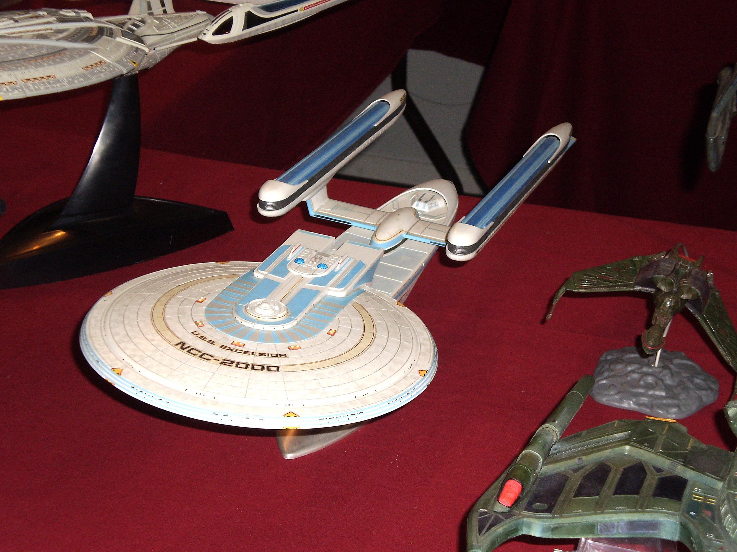 """Le vaisseu spatial USS Excelsior du film """"Star Trek III - A la recherche de Spock""""."""