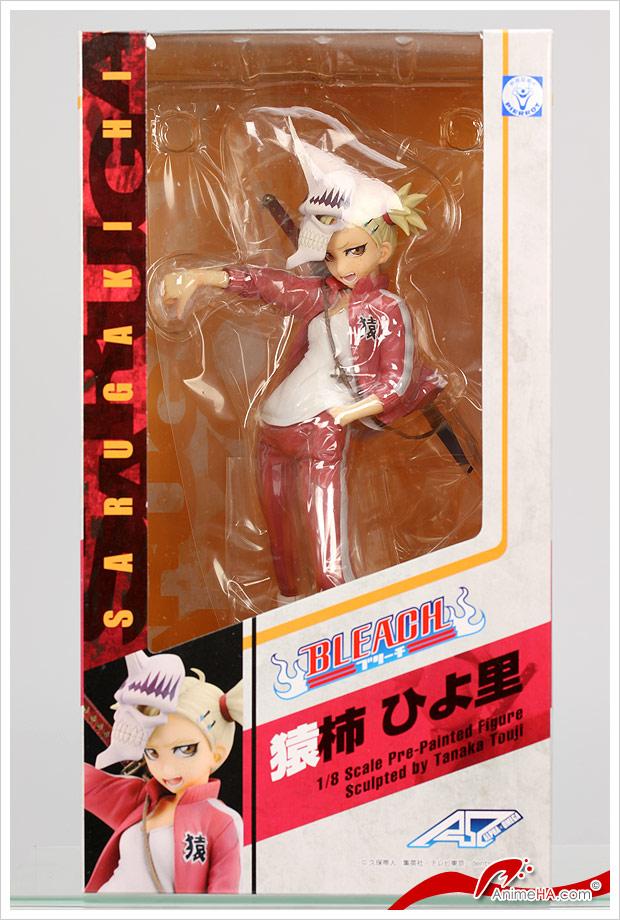 La fenêtre de la boîte permet de voir Hiyori, mais l'emballage sandwitch qui tient la figurine à l'intérieur de la boîte gène la visibilité