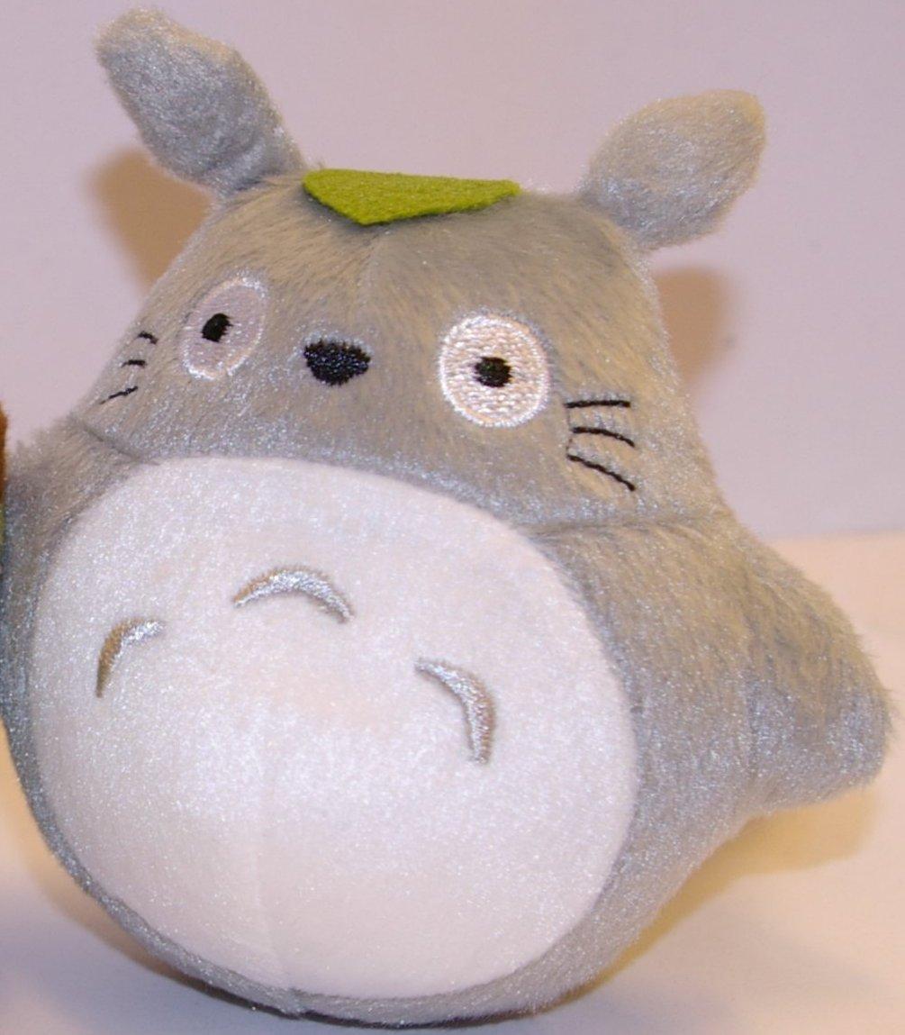 Detail de la peluche Totoro