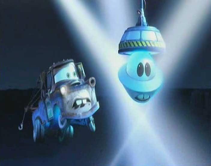 Marteau se fait capturer par l'armée (Cars Toon - Pixar)