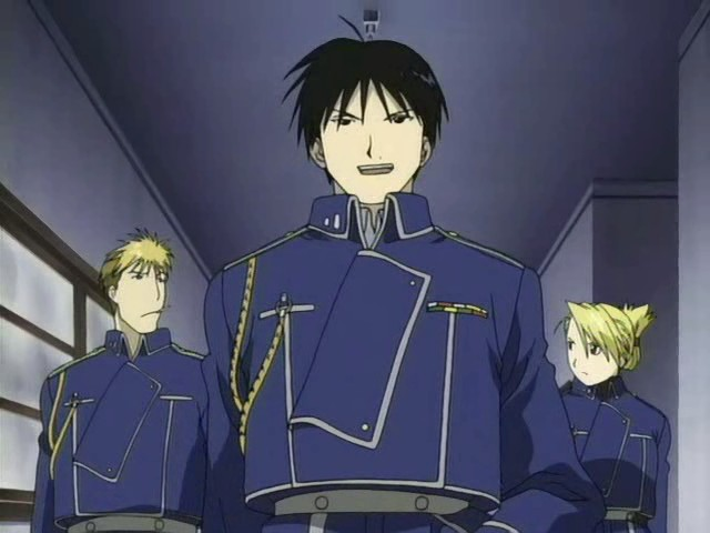 Le colonel Roy Mustang et 2 adjoints