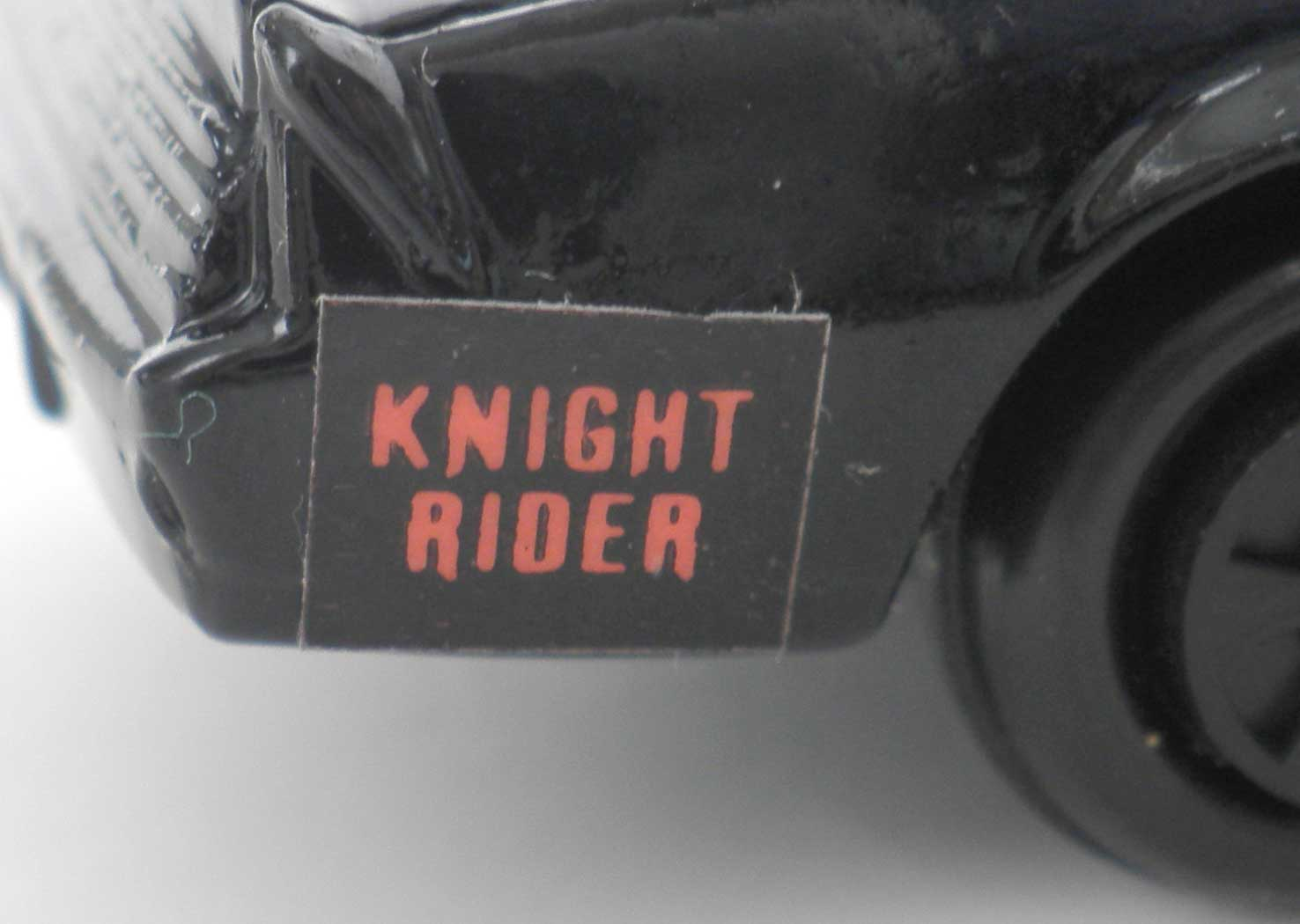ERTL : Knight Rider (K2000) K.I.T.T. - ech 1/64 (1983)