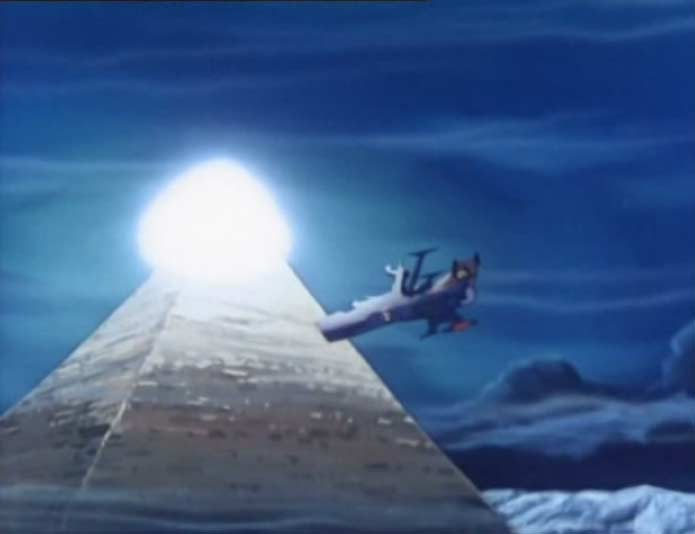 La pyramide s'illumine est attire l'Atlantis à elle au point qu'il la heurte