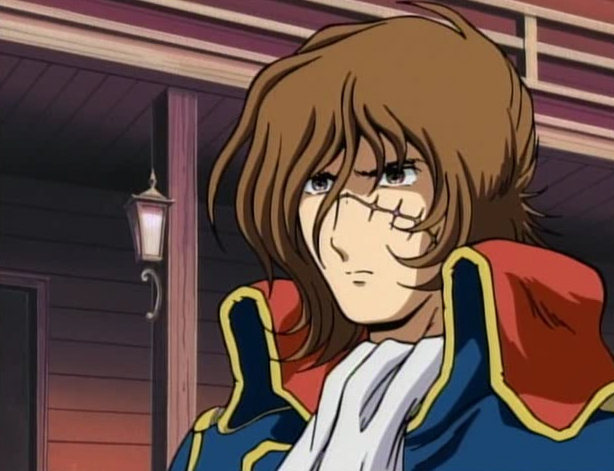 Dans cette série, Albator est jeune et a ses deux yeux