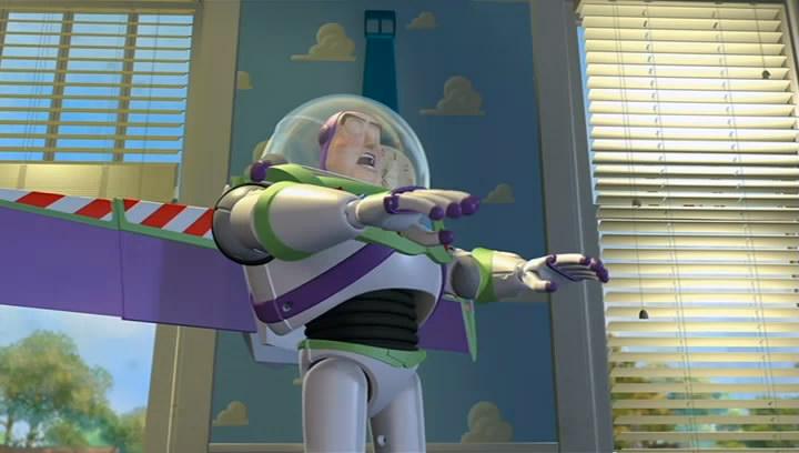Buzz prouve à Woody qu'il sait voler