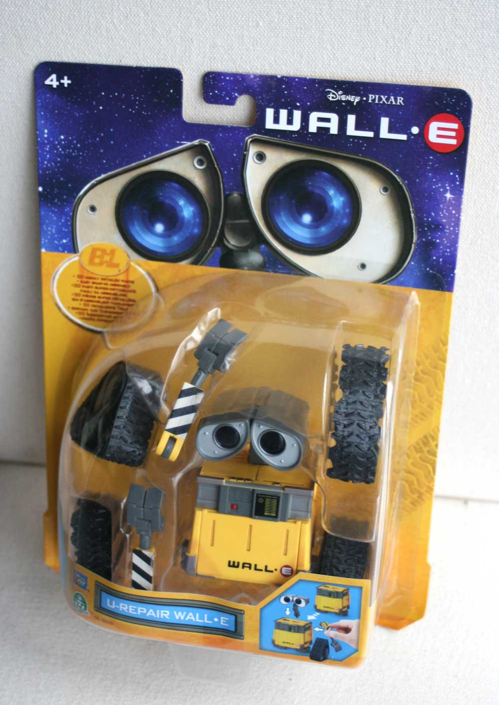thinkway toys u repair wall e 2008. Black Bedroom Furniture Sets. Home Design Ideas