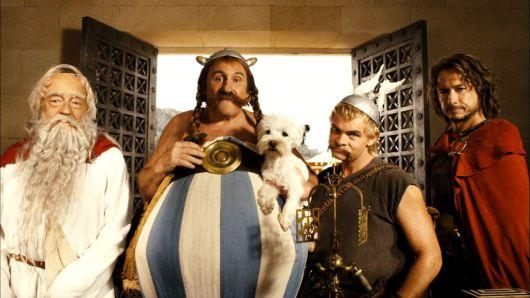 Panoramix, Obelix, Asterix et Alafollix pret a rentrer dans l'arrene