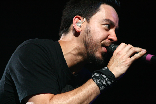 Mike Shinoda, chanteur de Linkin Park, crédit : Norrel Blair Wikipeda