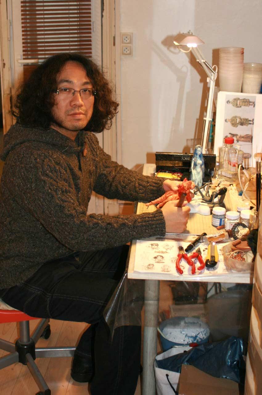 Shin-ichiro Natsusaka dans son atelier