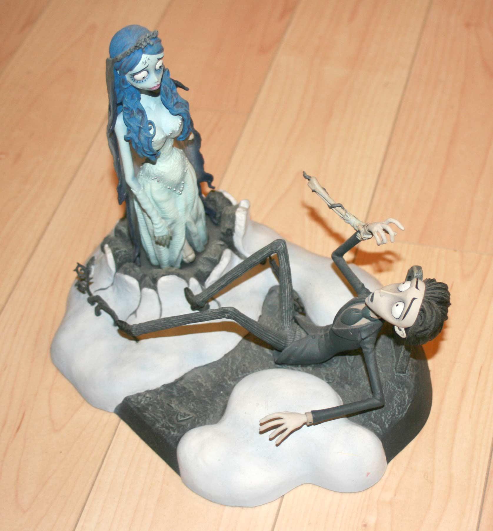 Figurine tiré de Noces Funèbres