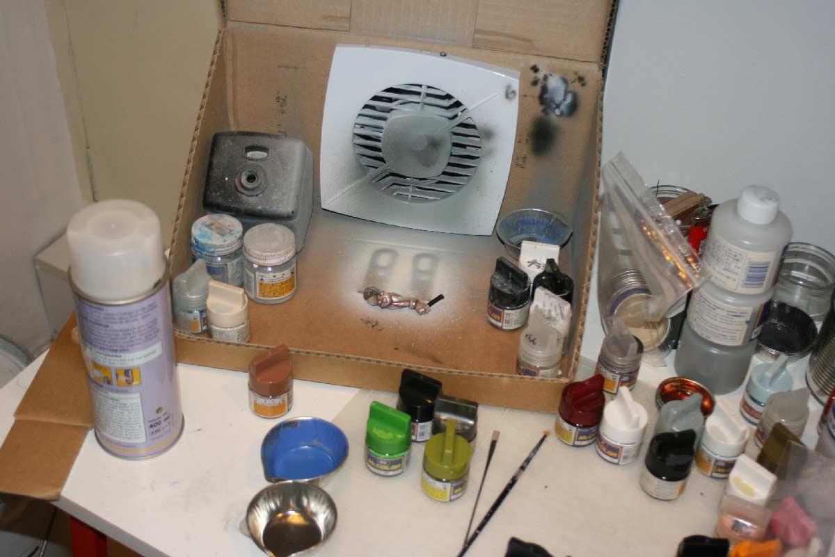 Zone de peinture ventilée pour la peinture à l'aérographe