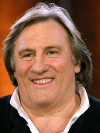 Gerard Depardieu sur un plateau de TV